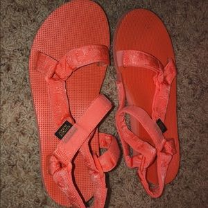 Bright peach TEVA sandals